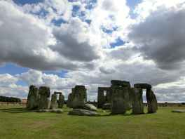 stonehenge-england-united-kingdom-place-of-worship-64766.jpeg